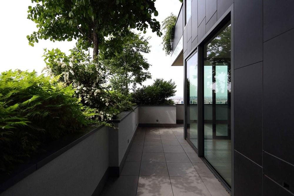 Bosque vertical, balcón