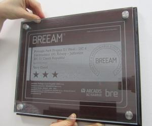 otro certificado BREEAM foto